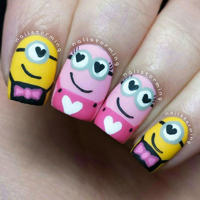 Smitten Minions nails by @nailstorming