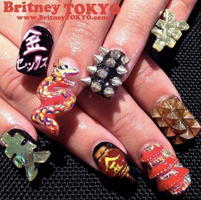 3D nails by @BritneyTokyo