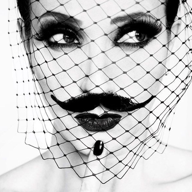 Black nail, black veil Ruven Afandor