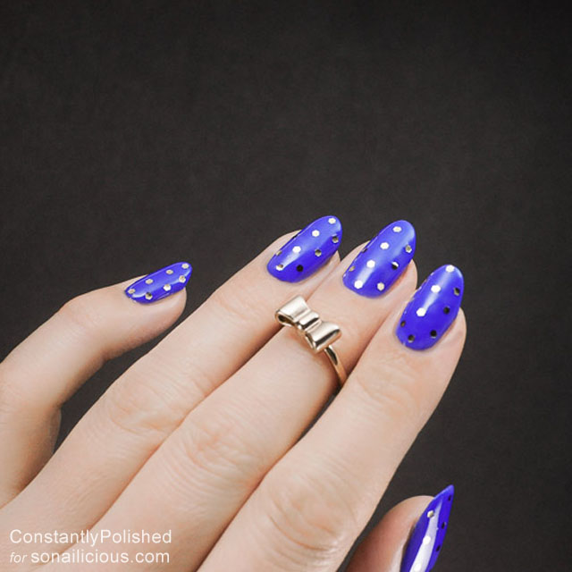 easy manicure ideas blue and silver 8