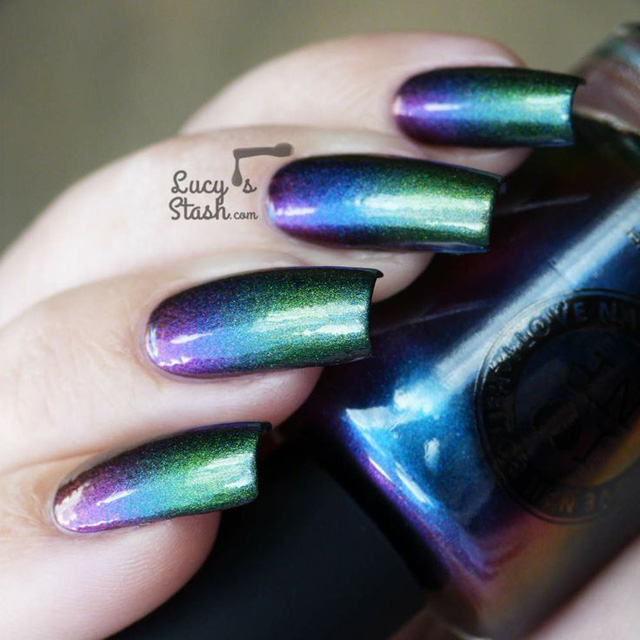 gradient nails with chameleon nail polish