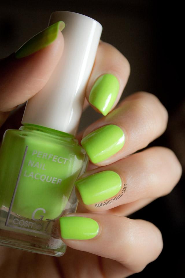 green neon nail polish