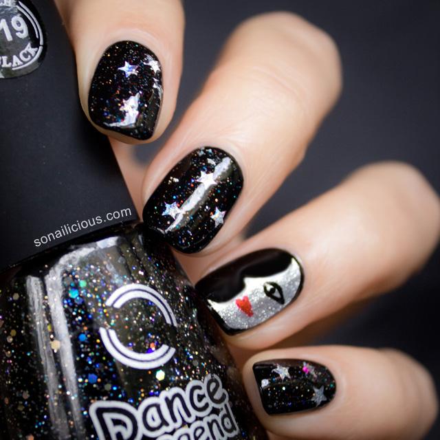 moon face nails 1