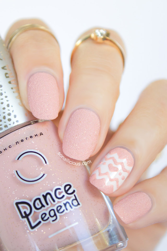 nail designs with textured nail polish
