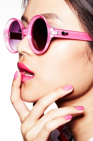 pink sunglasses pink nails