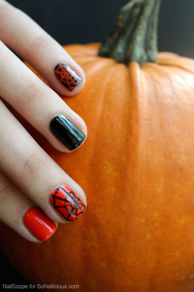 spider web nail art