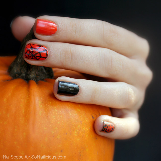spider web nail art for halloween