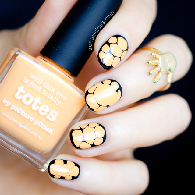 orange and black halloween nails