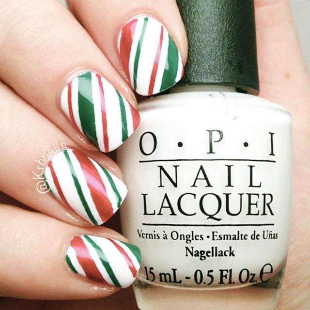 Christmas nails by @KrbNailsjpg