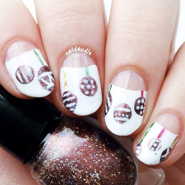 Ornament nails by @Naildawdle