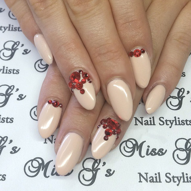 Nude and Red nails by Miss Electra