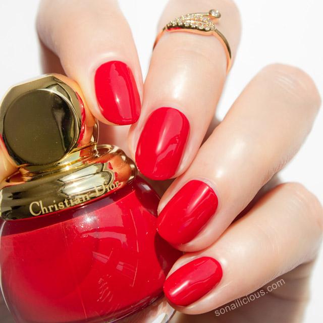 diorfic shock luxury red nail polish swatch