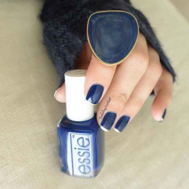 Dark blue thin French manicure by @NailsByArelisP