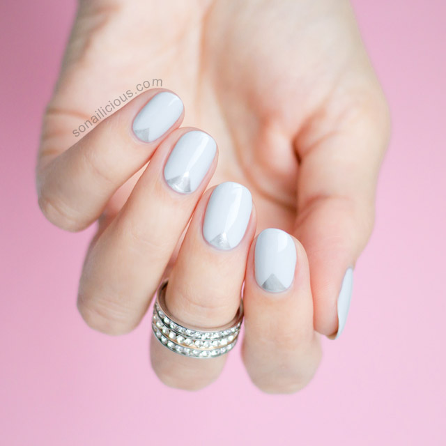 SILVER AND GREY NAILS