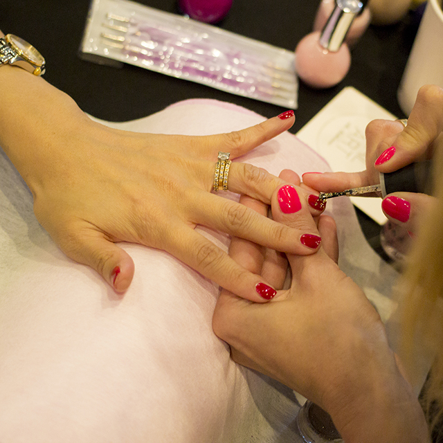pop-up-nail-art-barsydney-nail-artist1