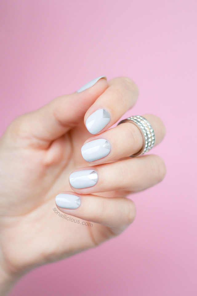 pretty grey nails