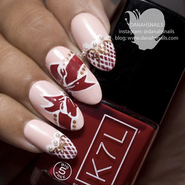 Valentine's Day nails by @DanahSnails