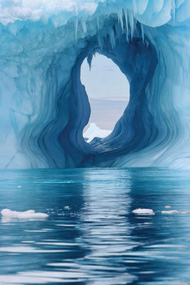 Antarctica, photo Robert B Dunbar