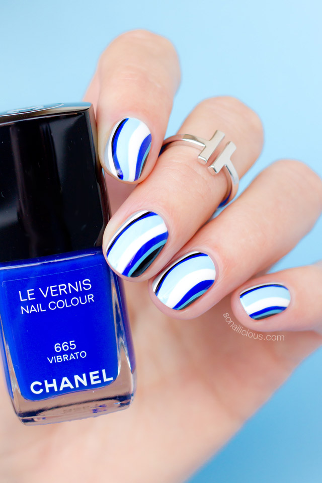 blue nails with chanel vibrato