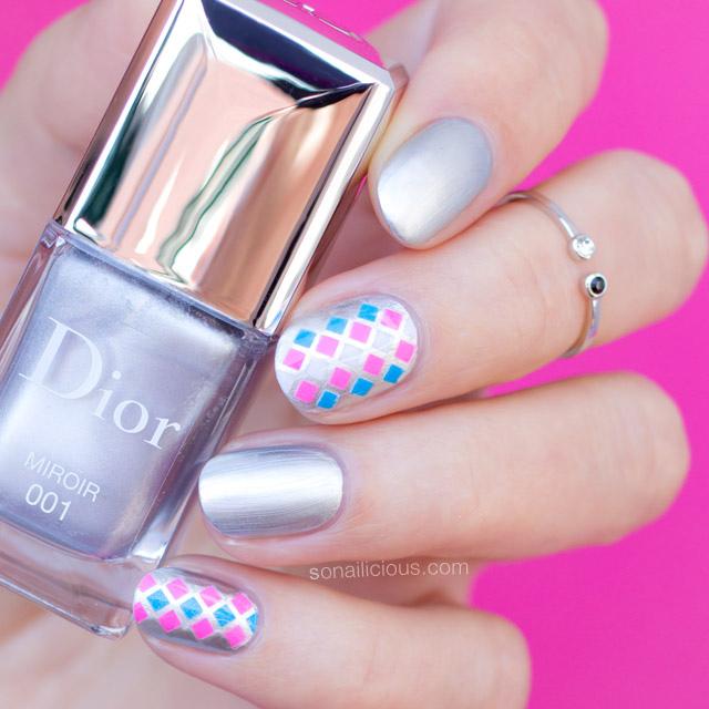 nail art for short nails with dior mirroir