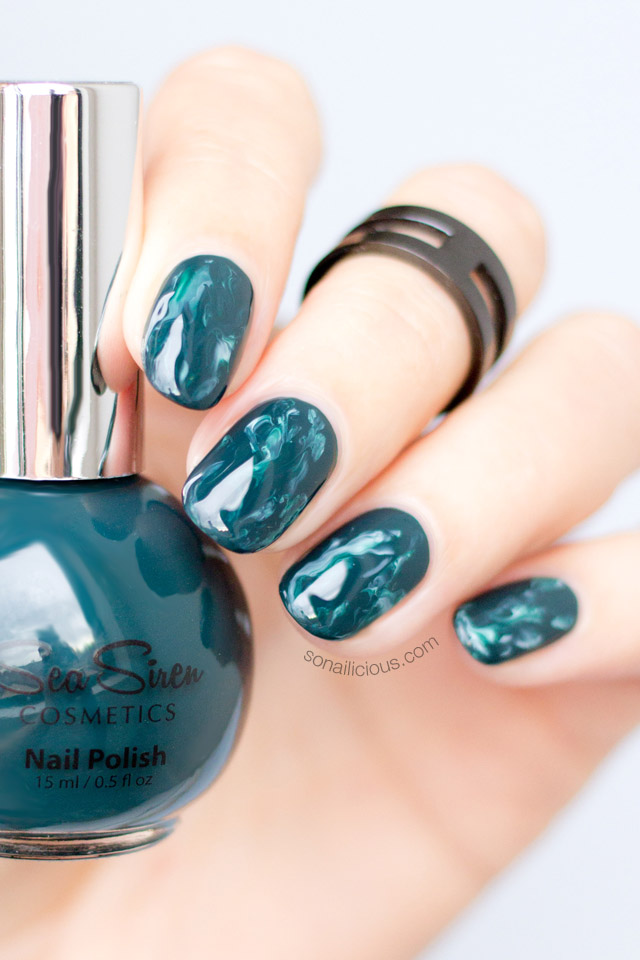 GREEN MARBLE NAILS sea siren seaweed