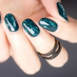 Mani Monday: Green Marble Nails