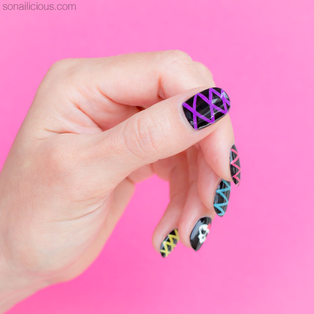 Cute Halloween Nails Plus How To