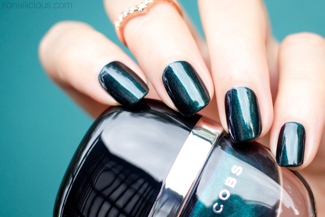 best emerald green nail polishes