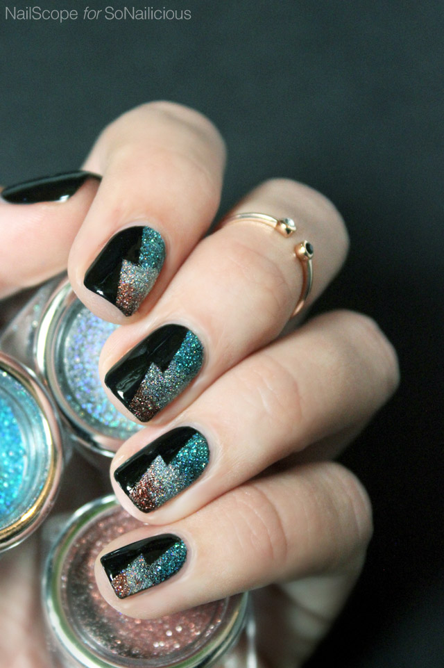 sparkling new years eve nails