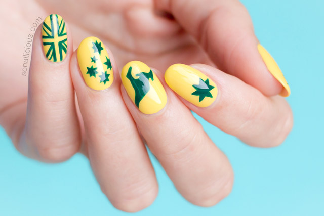 green and gold australia day nails