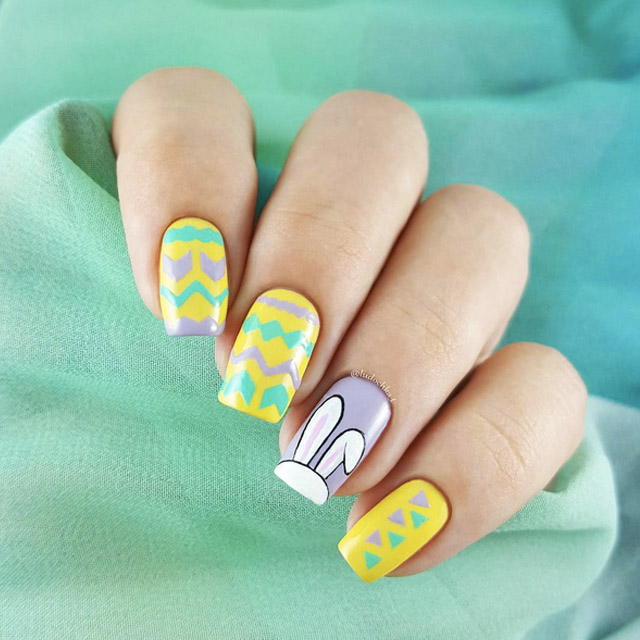 Aztec Easter nails by @ludochka_t