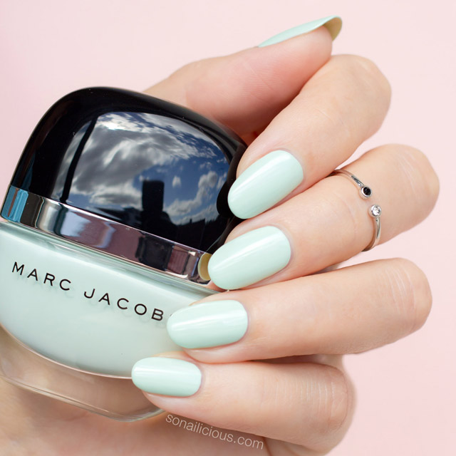 Marc jacobs good friday swatches, mint nail polish
