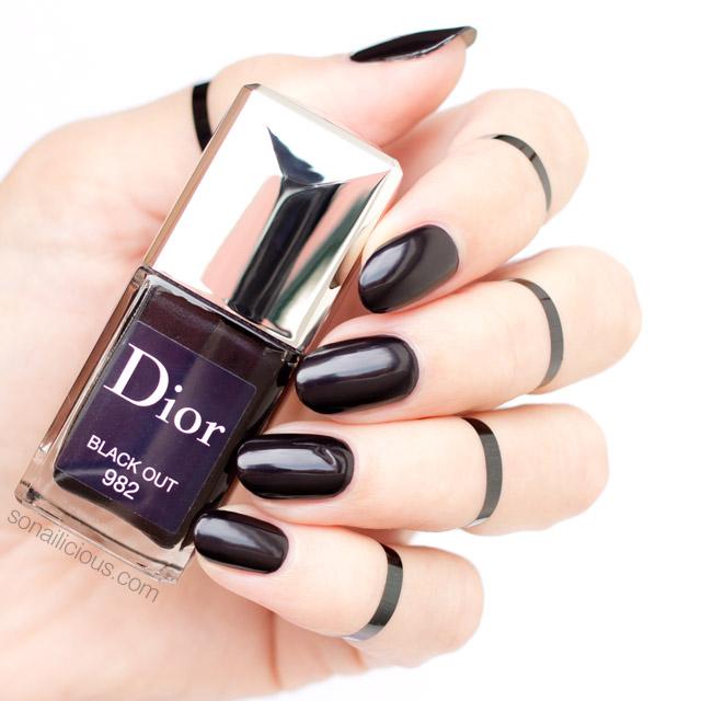 black nails, dior black out, black nail polish