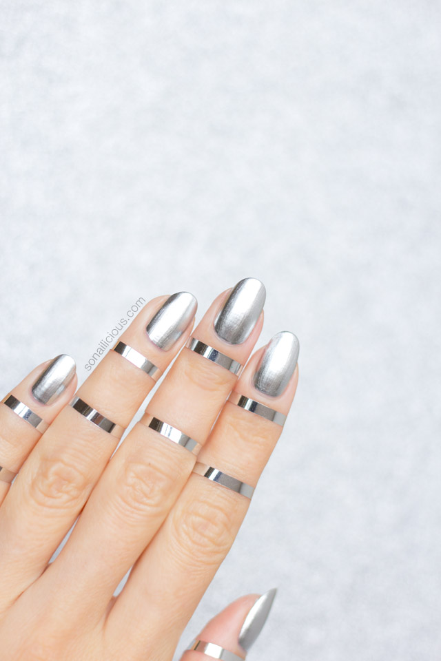 silver nails, metallic nails