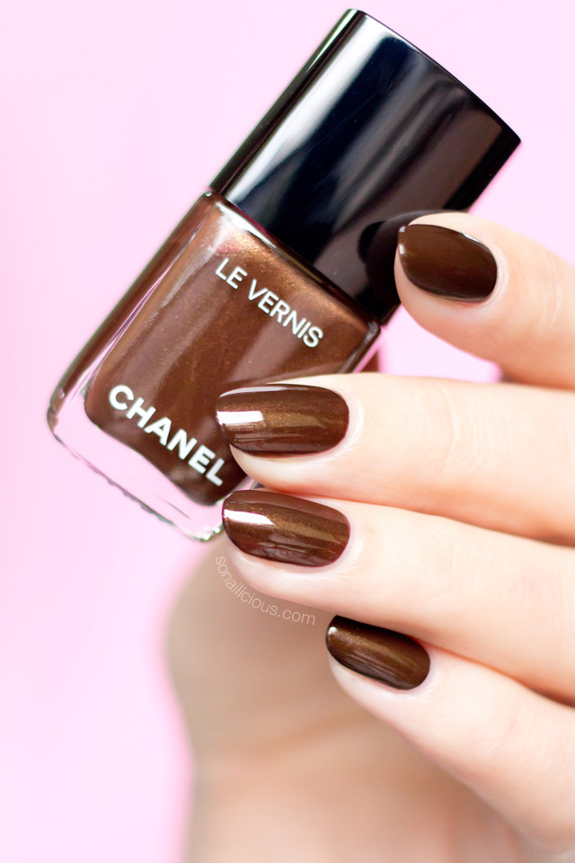 CHANEL CAVALIERE 526 SWATCHES REVIEW