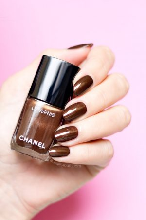 CHANEL CAVALIERE nail polish