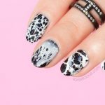 Nails of the Day: Stone Effect Black and White Nails