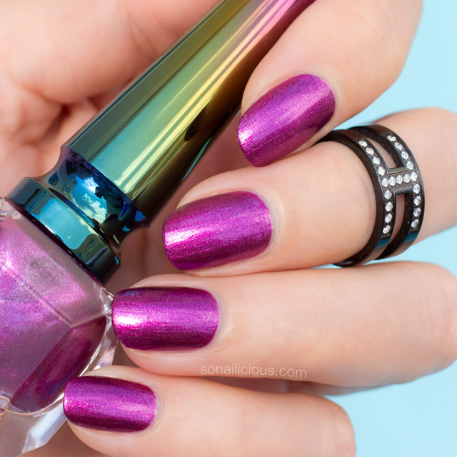 Loubichrome III nail polish swatches review