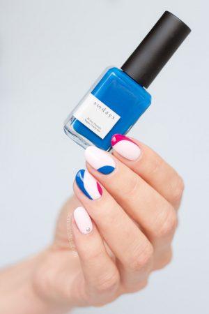 dear sundays nail polish review, minimalist nail art