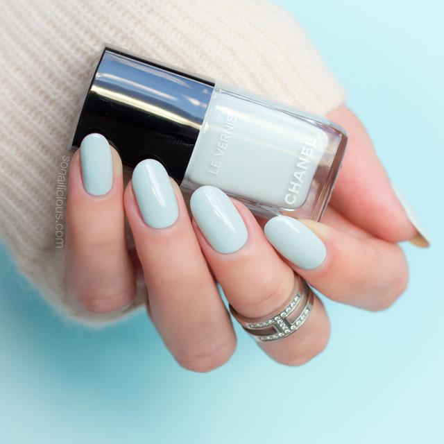 chanel bleu pastel nail polish
