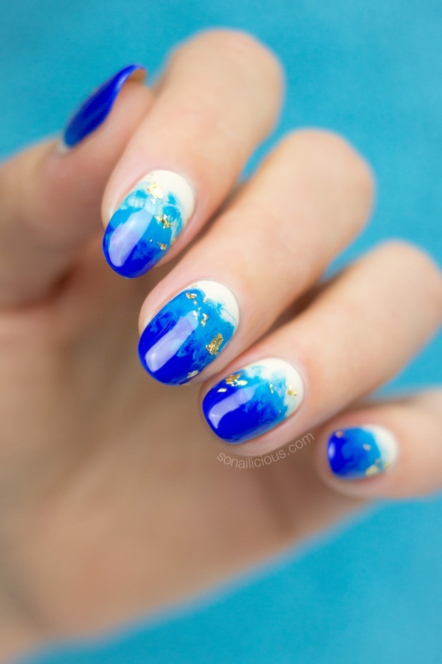 beach shore nails, blue nail design