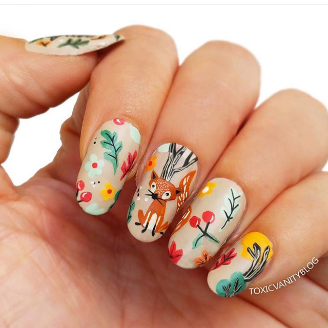 Cute Foxy nails by @toxicvanityblog