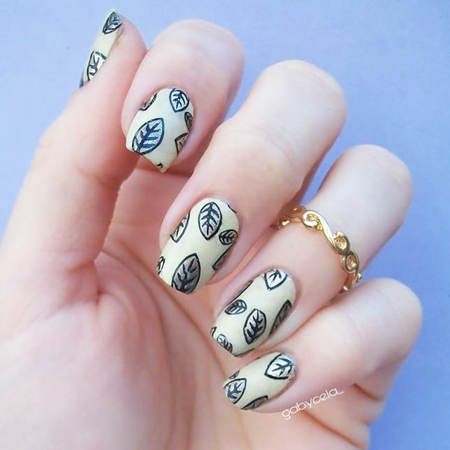 fall nail art 16 fabulous fall nail ideas to sweep away the autumn blues 12801
