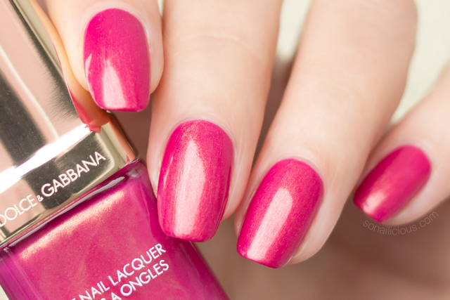 dolce gabbana royal pink nail polish review swatches