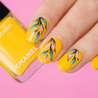 Chanel nail polish giallo napoli review, yellow nails