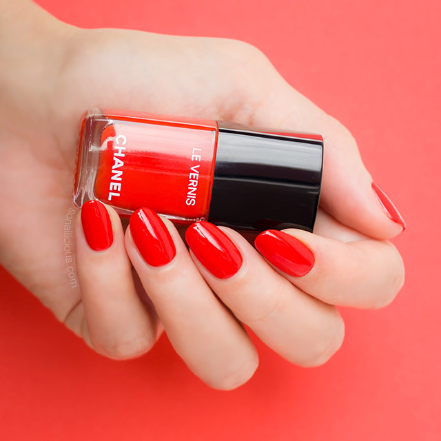 Chanel Arancio Vibrante review, orange red nail polish - SoNailicious