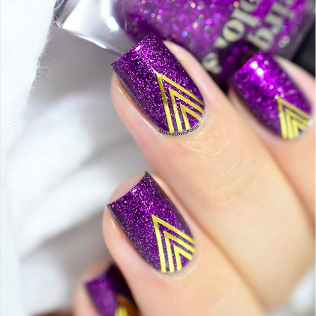 Purple nails with chevrons