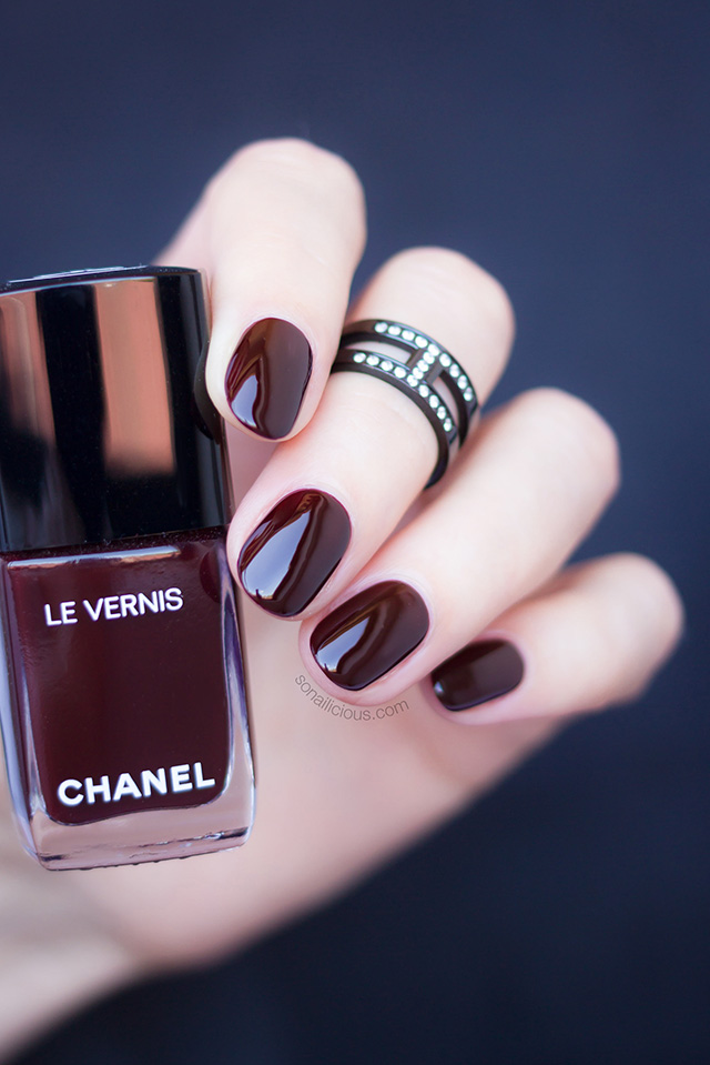 chanel rouge noir