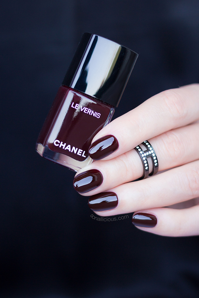 chanel rouge noir dark red nail polish, 1