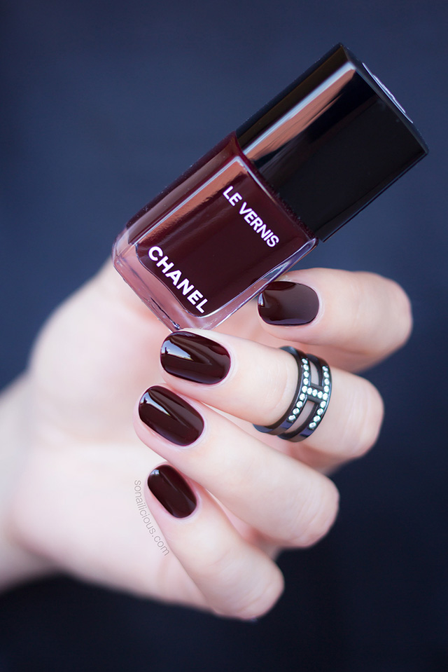 chanel rouge noir nail polish